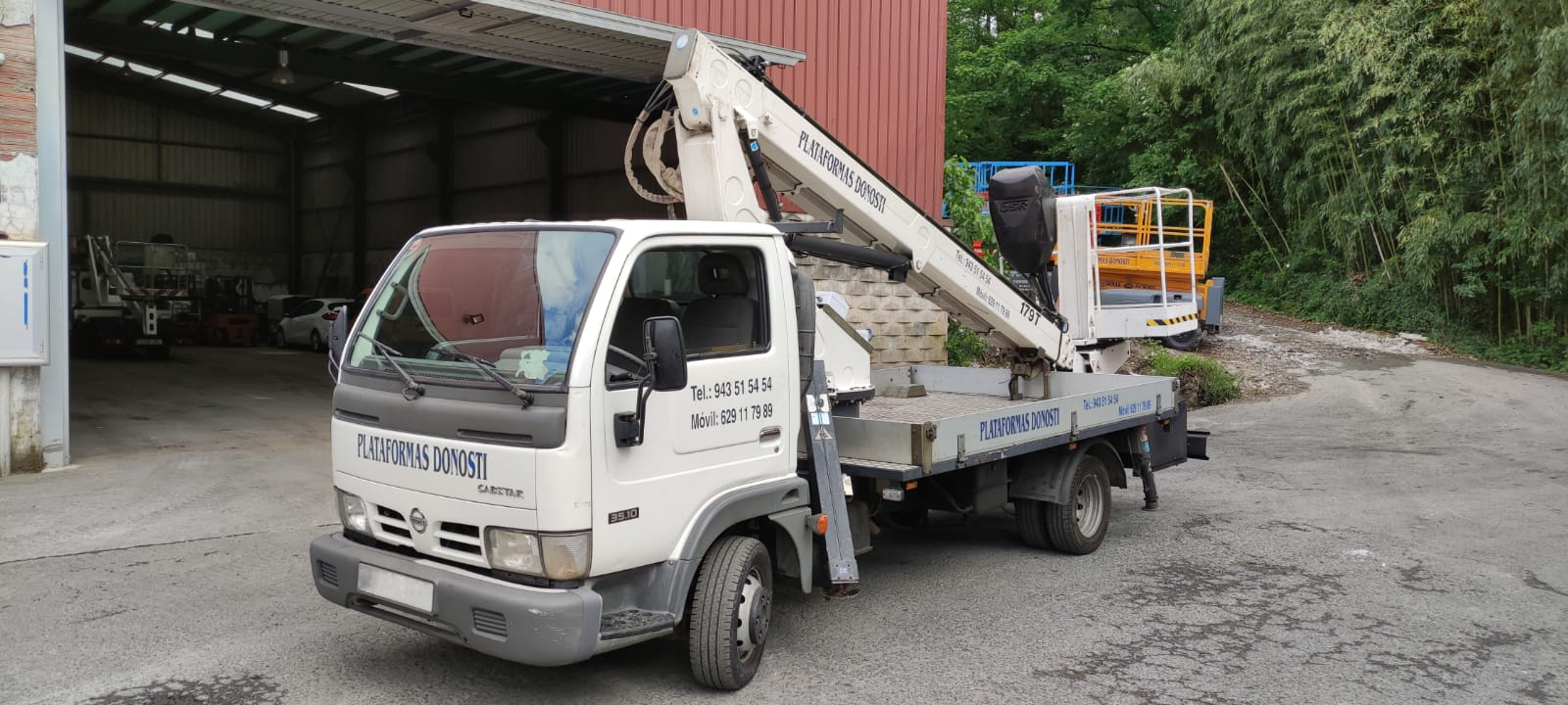 Camiones cesta de hasta 17 metros de altura en Donostia